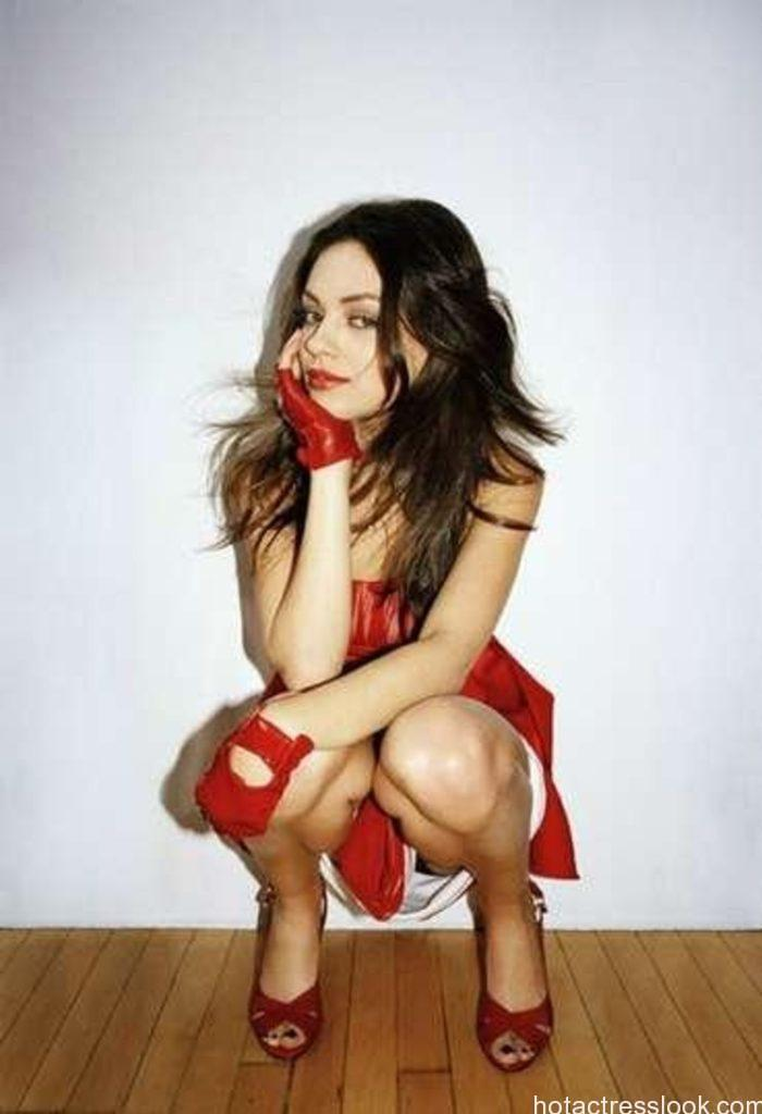 Mila Kunis horny images