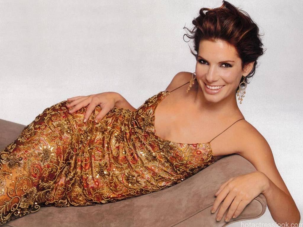 Sandra bullock Unseen hot pics