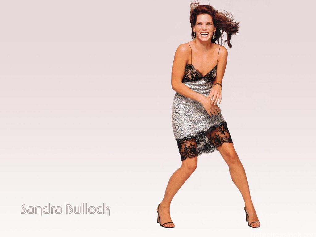 Sandra bullock spicy bikini pic