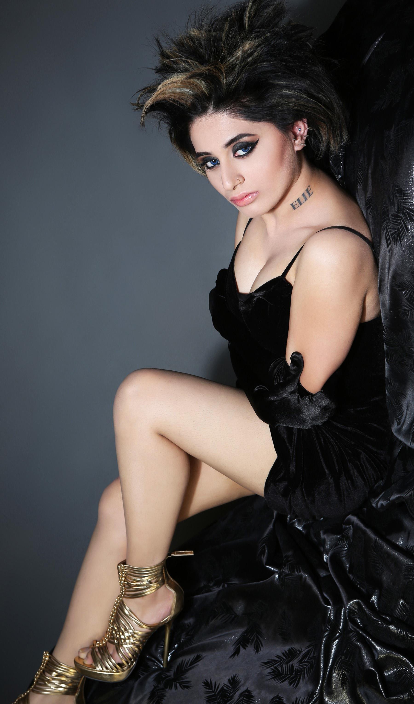 Priyanka Chopra Bikini Images, Hottest Wallpapers ...