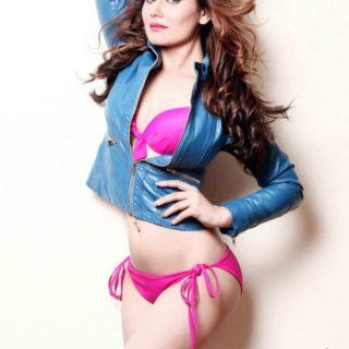 Kangna Sharma Hot and sexy pics