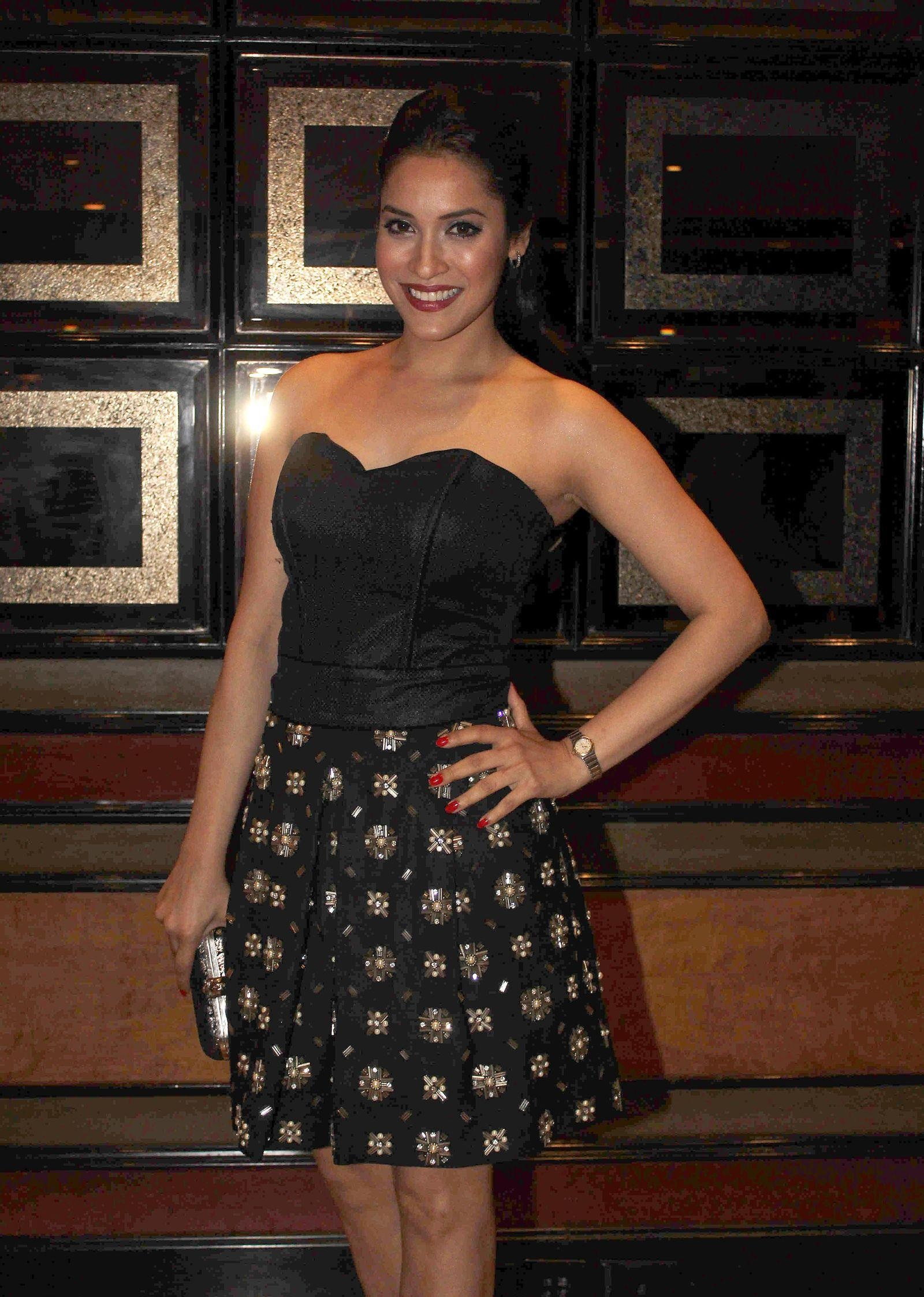 Rashmi Nigam sexy stills