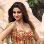 Sakshi Maggo hot in bikini