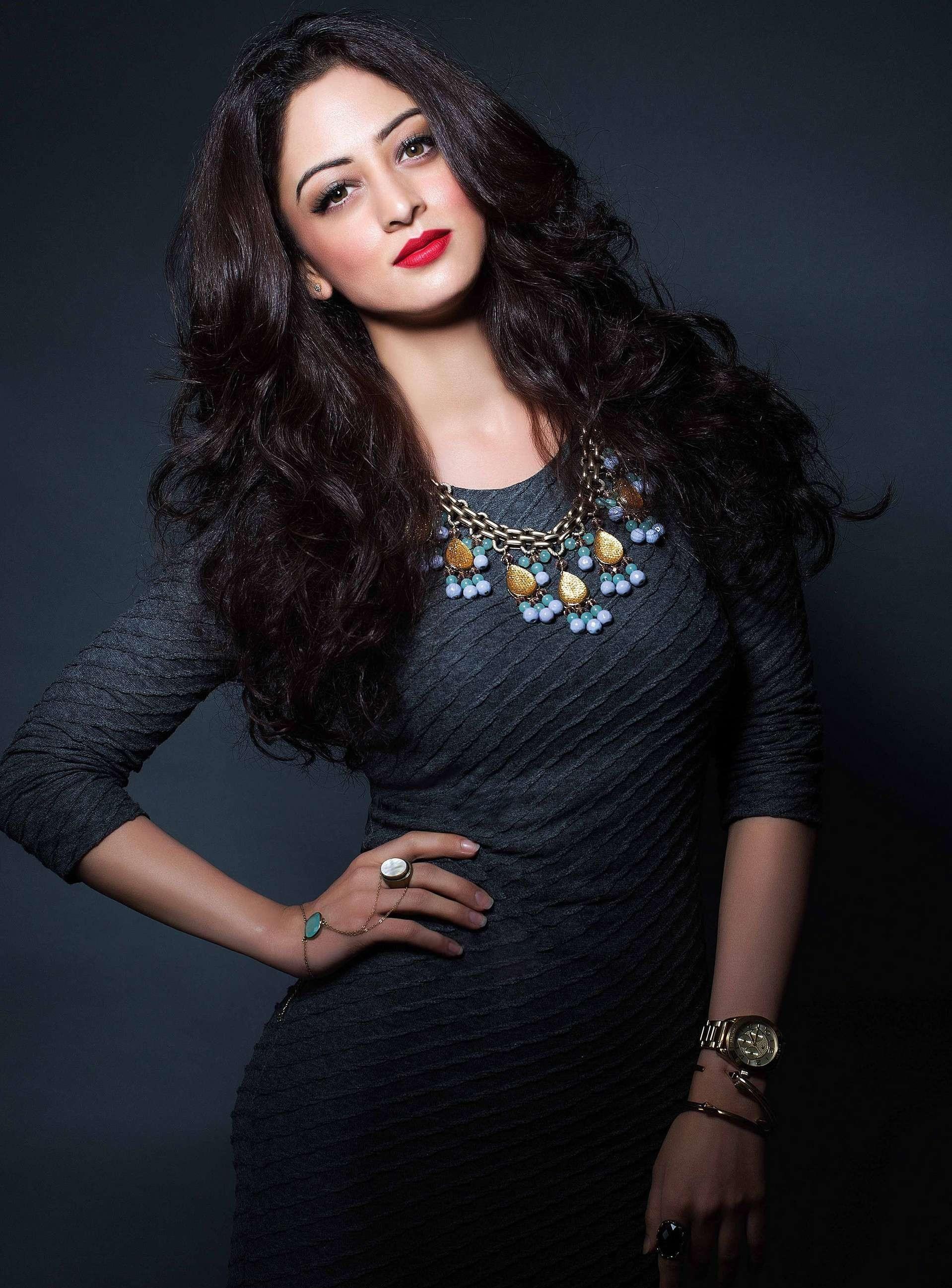 Sandeepa Dhar hot pics