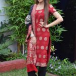 Sayesha Saigal hot and sexy wallpapers