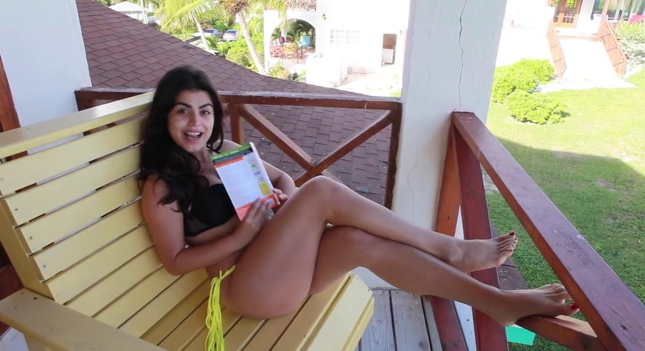 Shenaz Treasurywala hot topless image