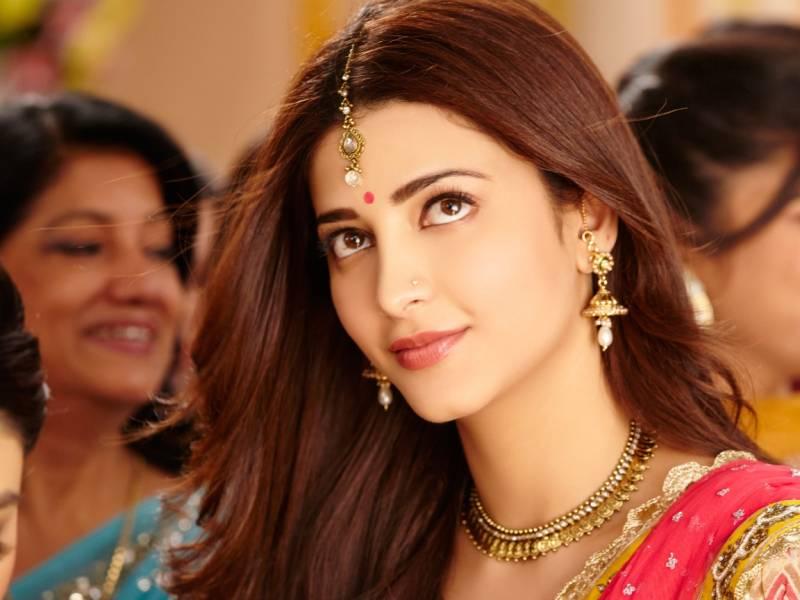 Shruti-Haasan-Hot-Pictures