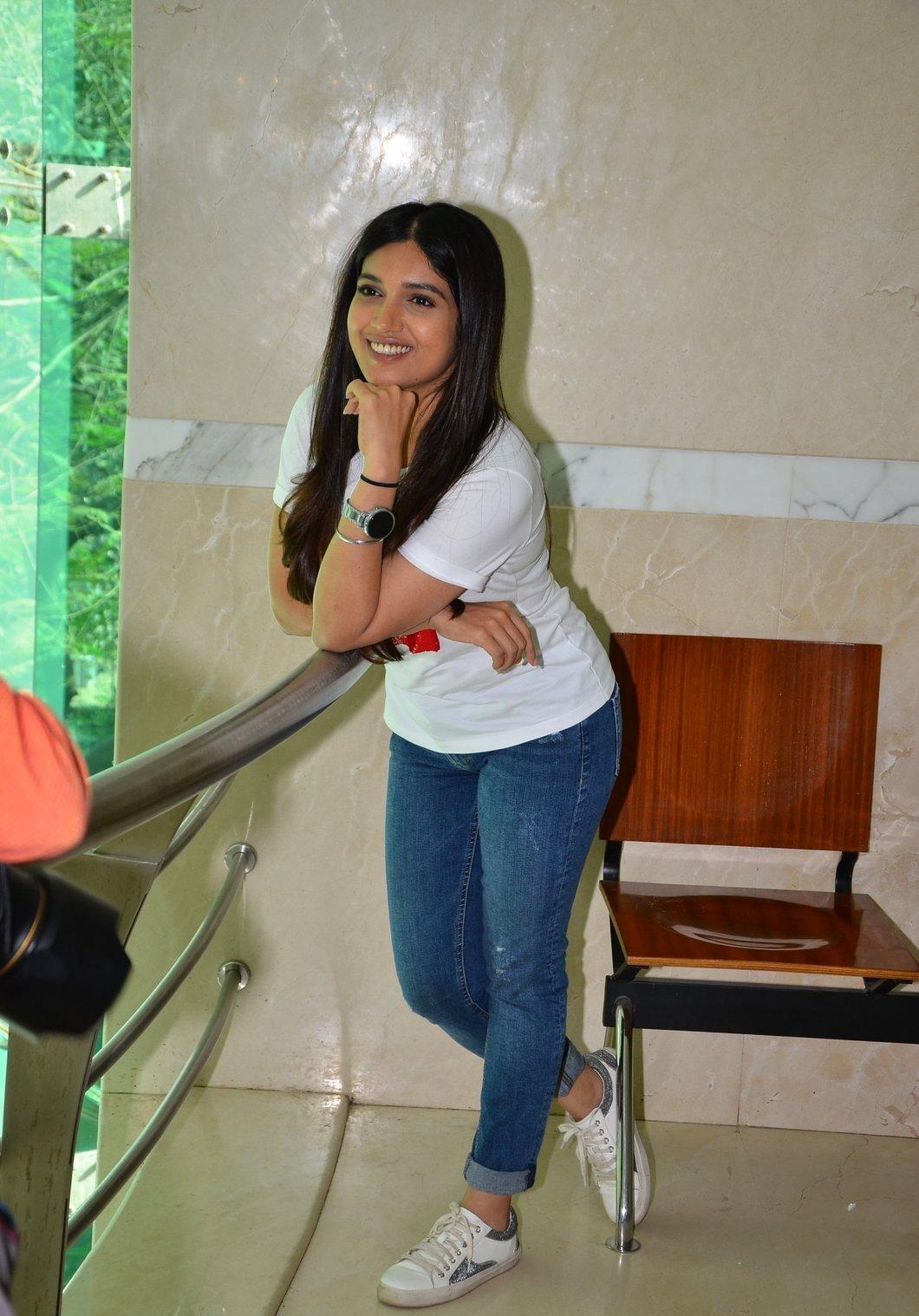 Bhumi Pednekar hot image in jeans