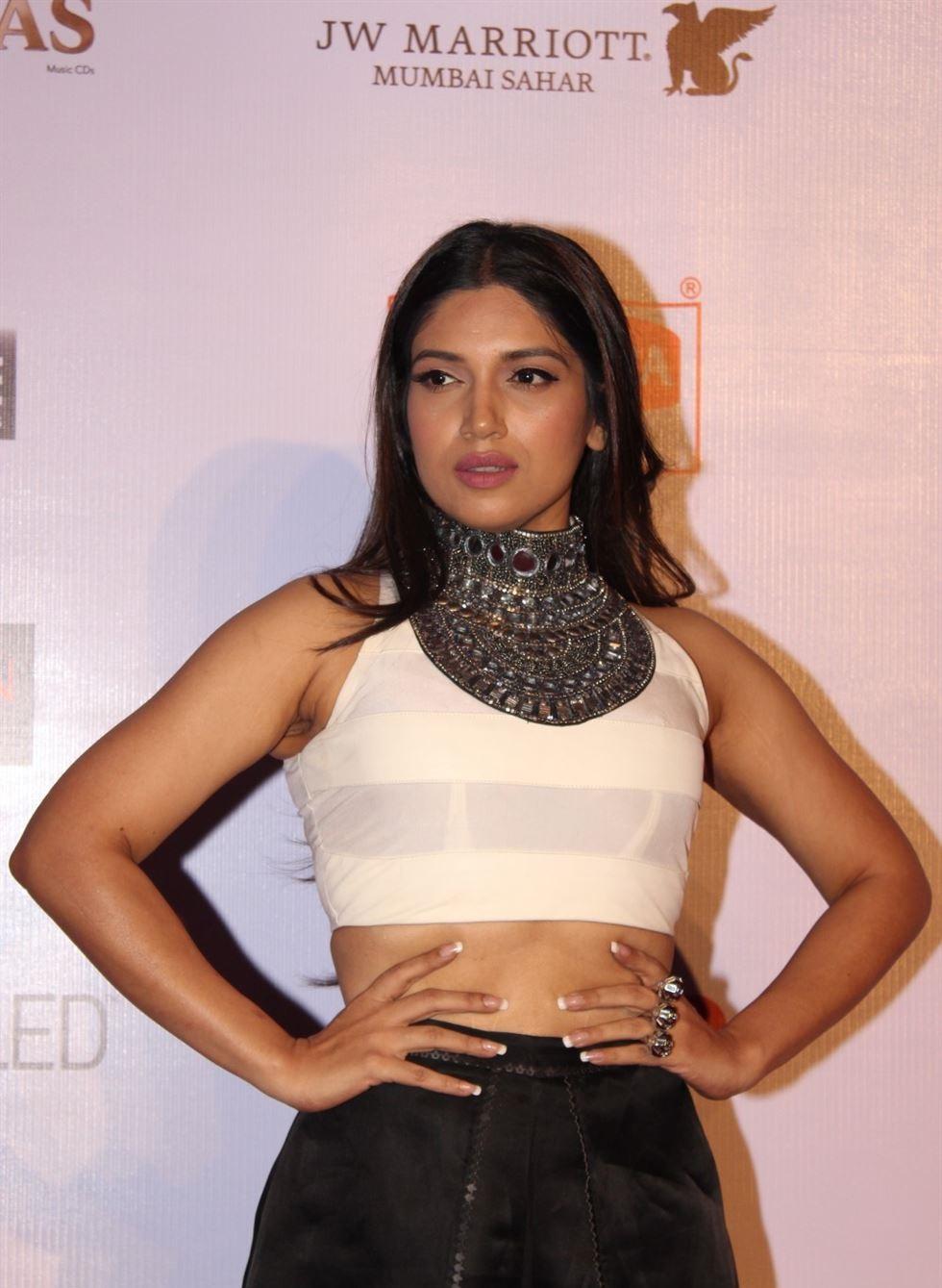 Bhumi Pednekar hot in tights