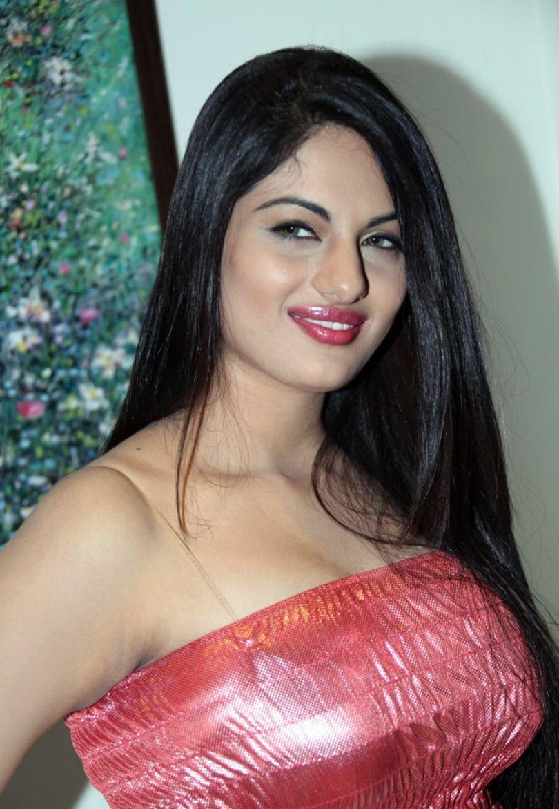 Jinal Pandya hot and cute pics