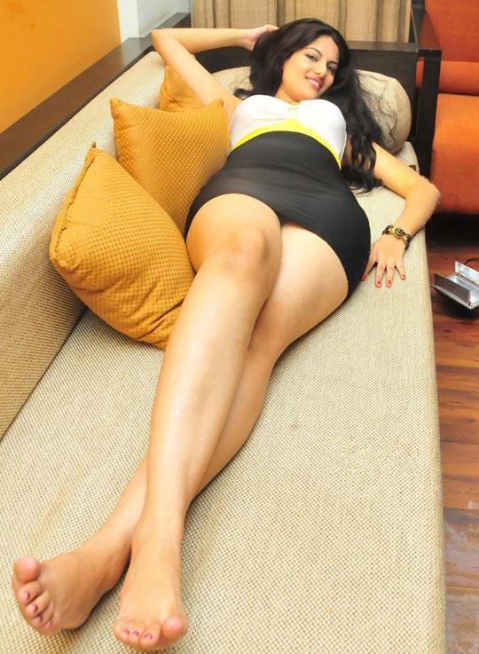 Jinal Pandya hot spicy legs