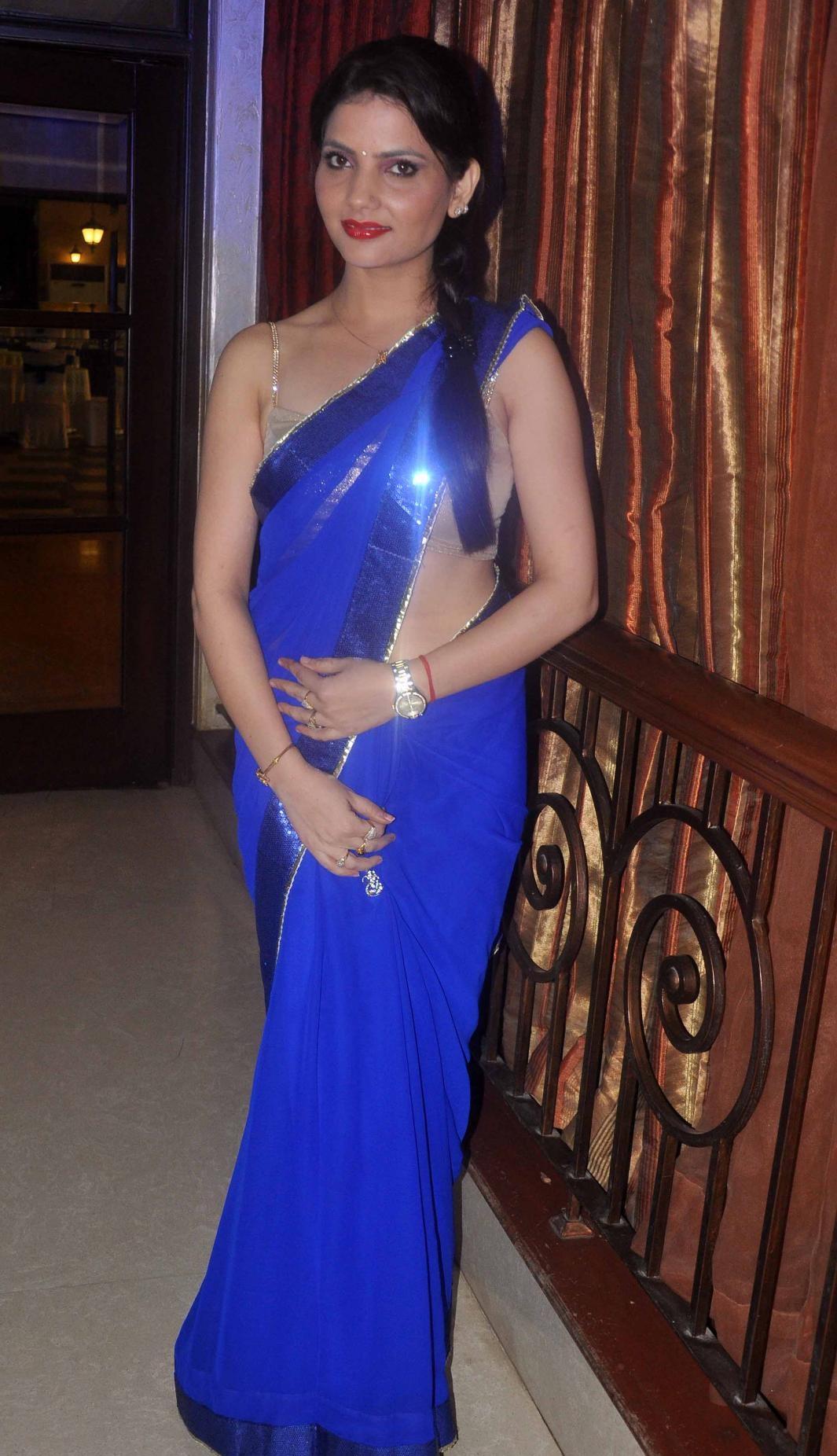 Madhavi Sharma hot in saree