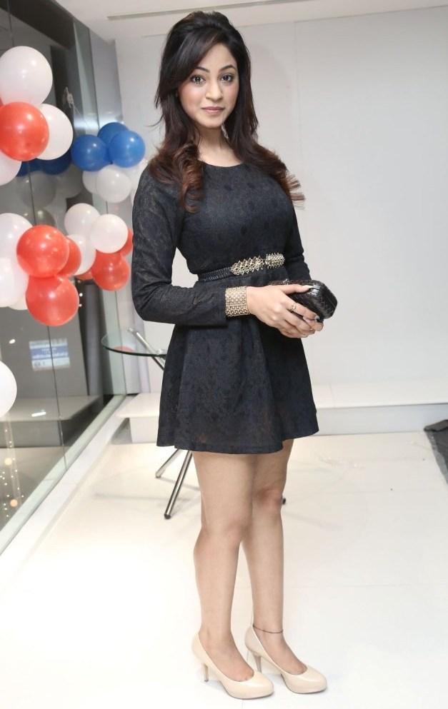 Actress Shillpi Sharma Hot Images @ Bajaj Electronics Launch