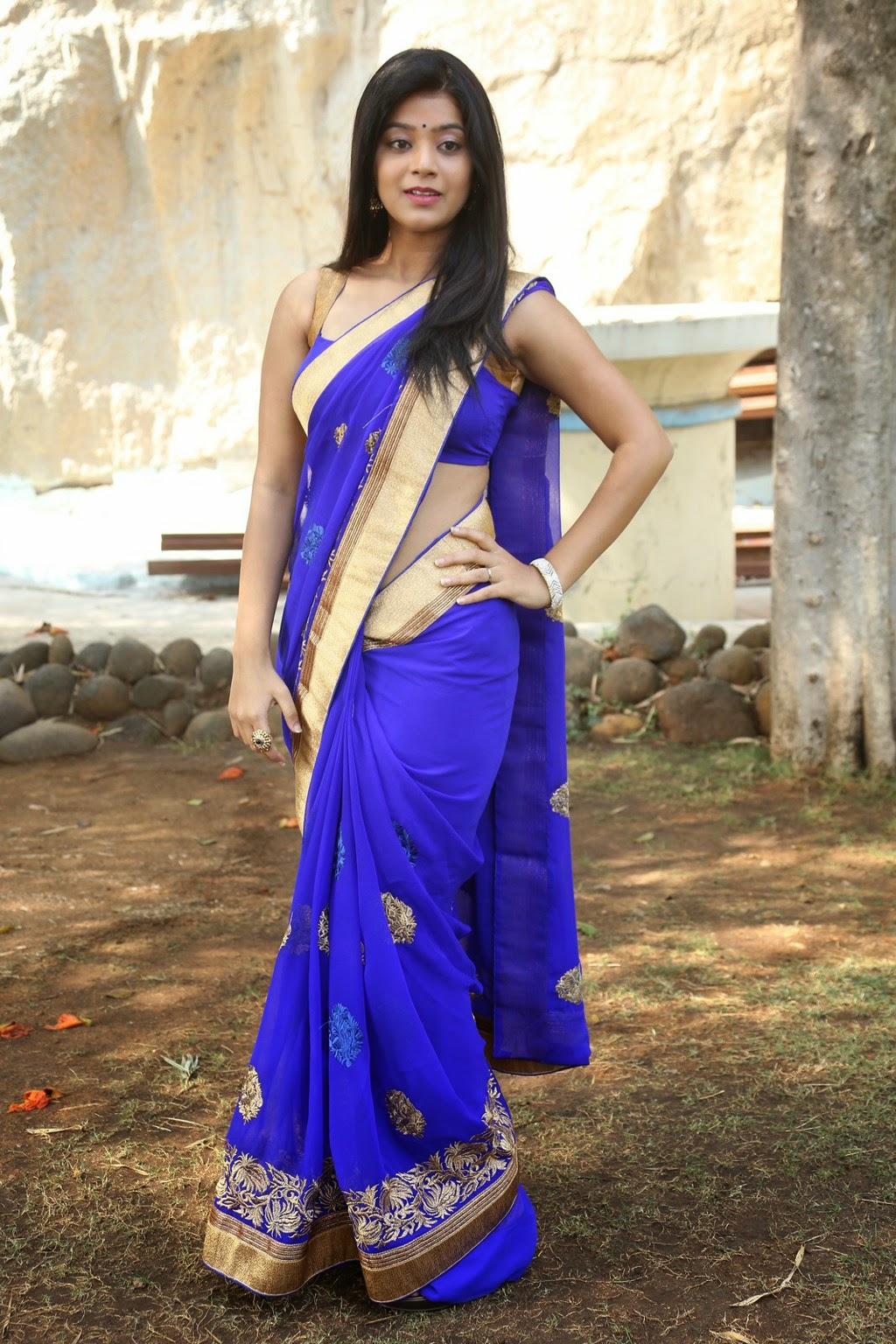 Yamini Bhaskar hot in blue dress