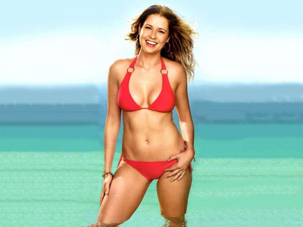 jenna fischer bikini images