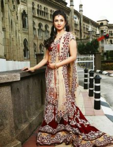 divyanka-tripathi-beautiful-pics