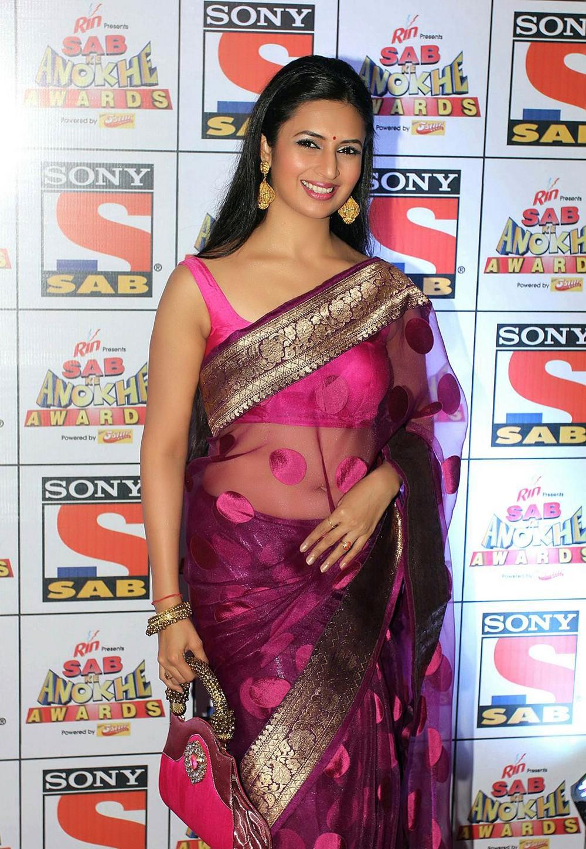 divyanka-tripathi-television-hot-actress-in-saree