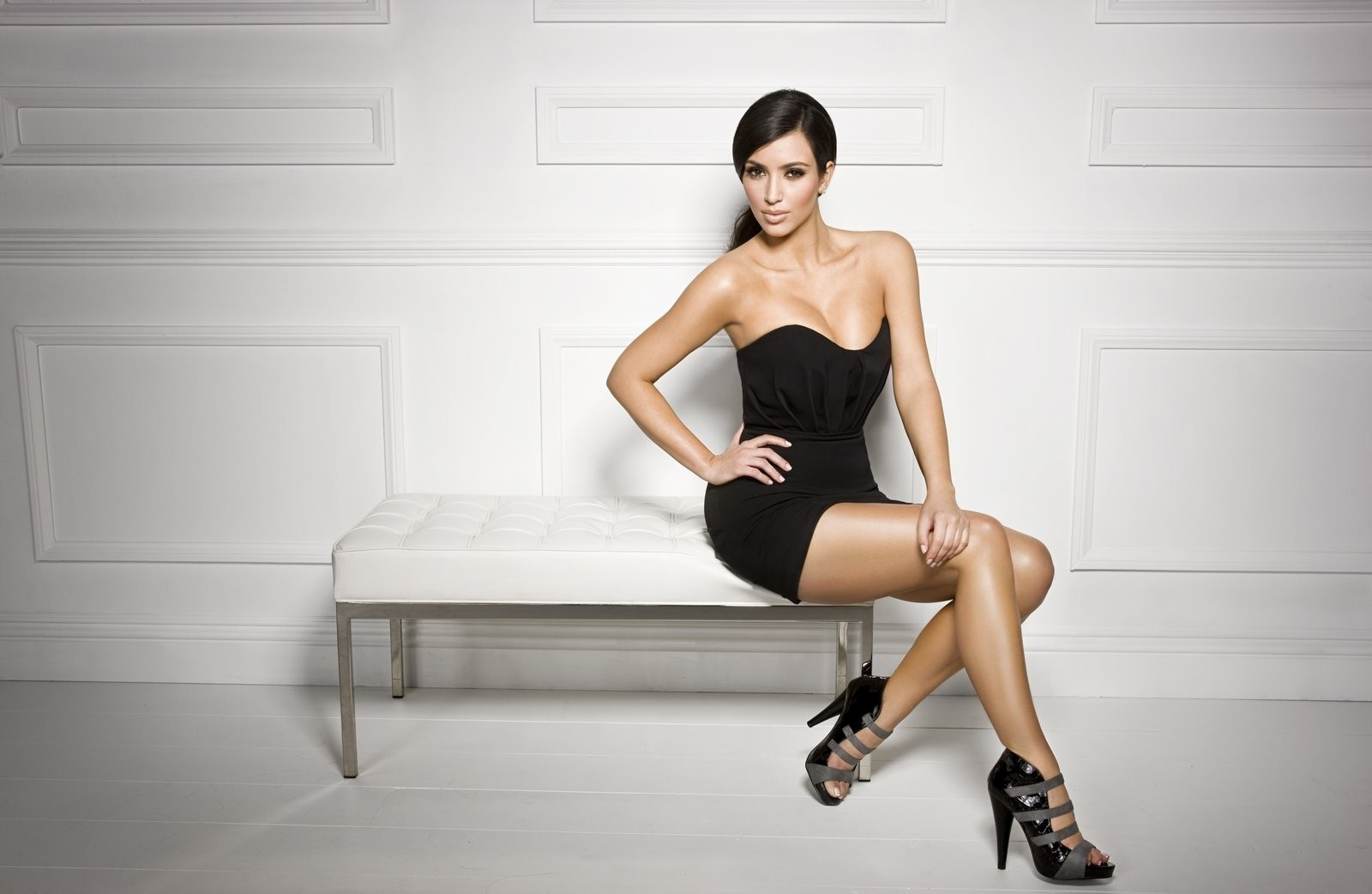 kim-kardashian-hot-unseen-pics