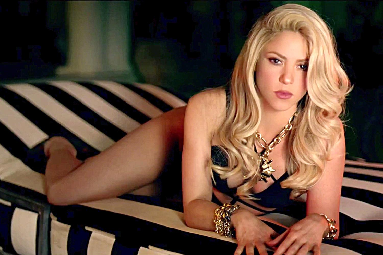 Shakira Hot And Sexy Leaked Photoshoot Hot Look