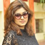 actress-oviya