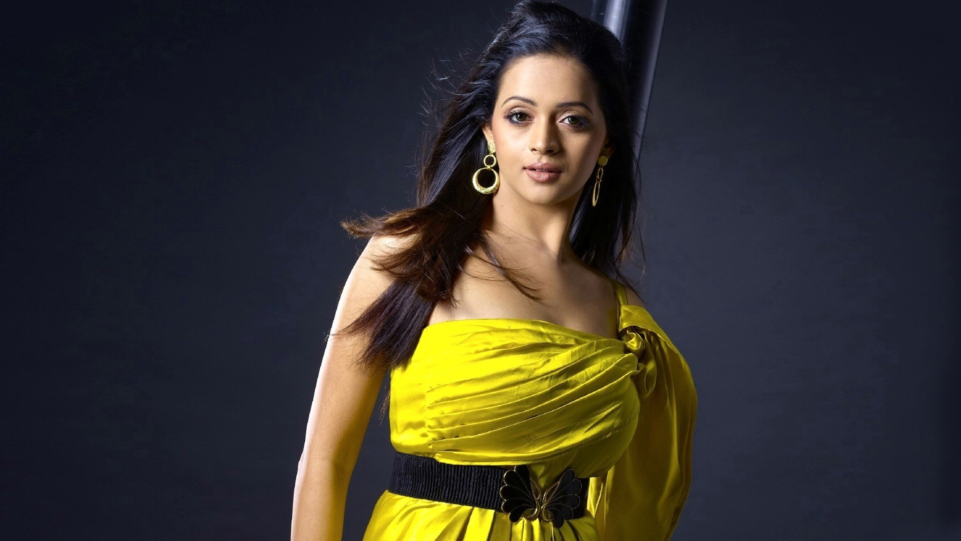 Tamil Actress Bhavana Photos: Bhavana Hot And Sexy Unseen Photos, Images