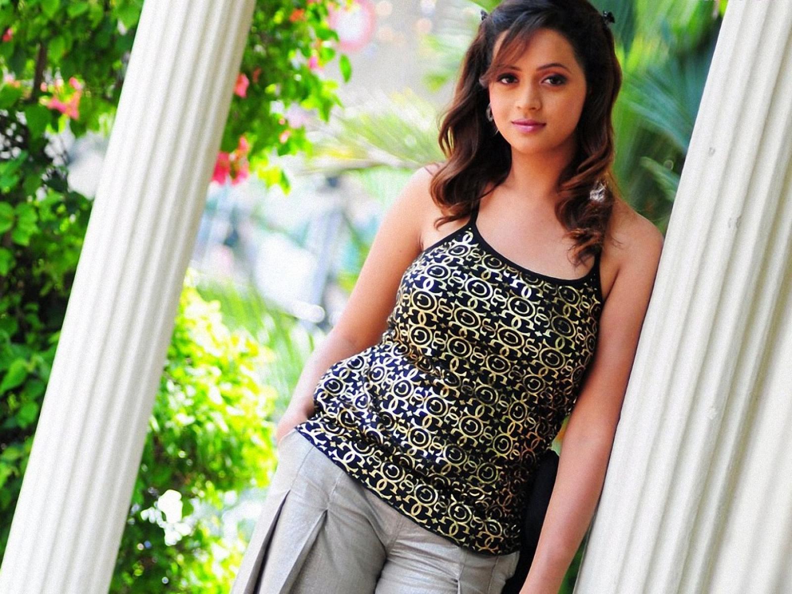 bhavana-sexy
