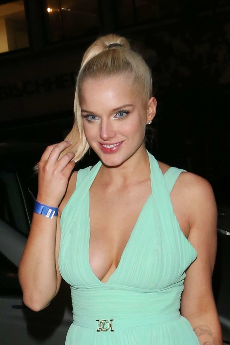 Helen Flanagan Topless Hot Naked Leaked Photoshoot