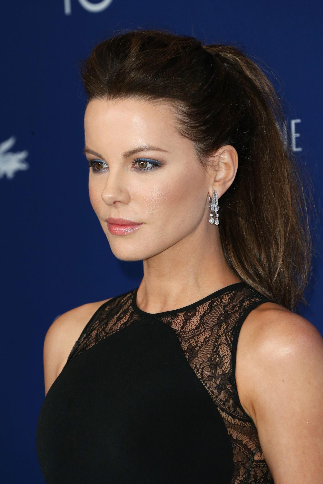 Kate Beckinsale Hot & Sexy Bikini Photos, Pictures