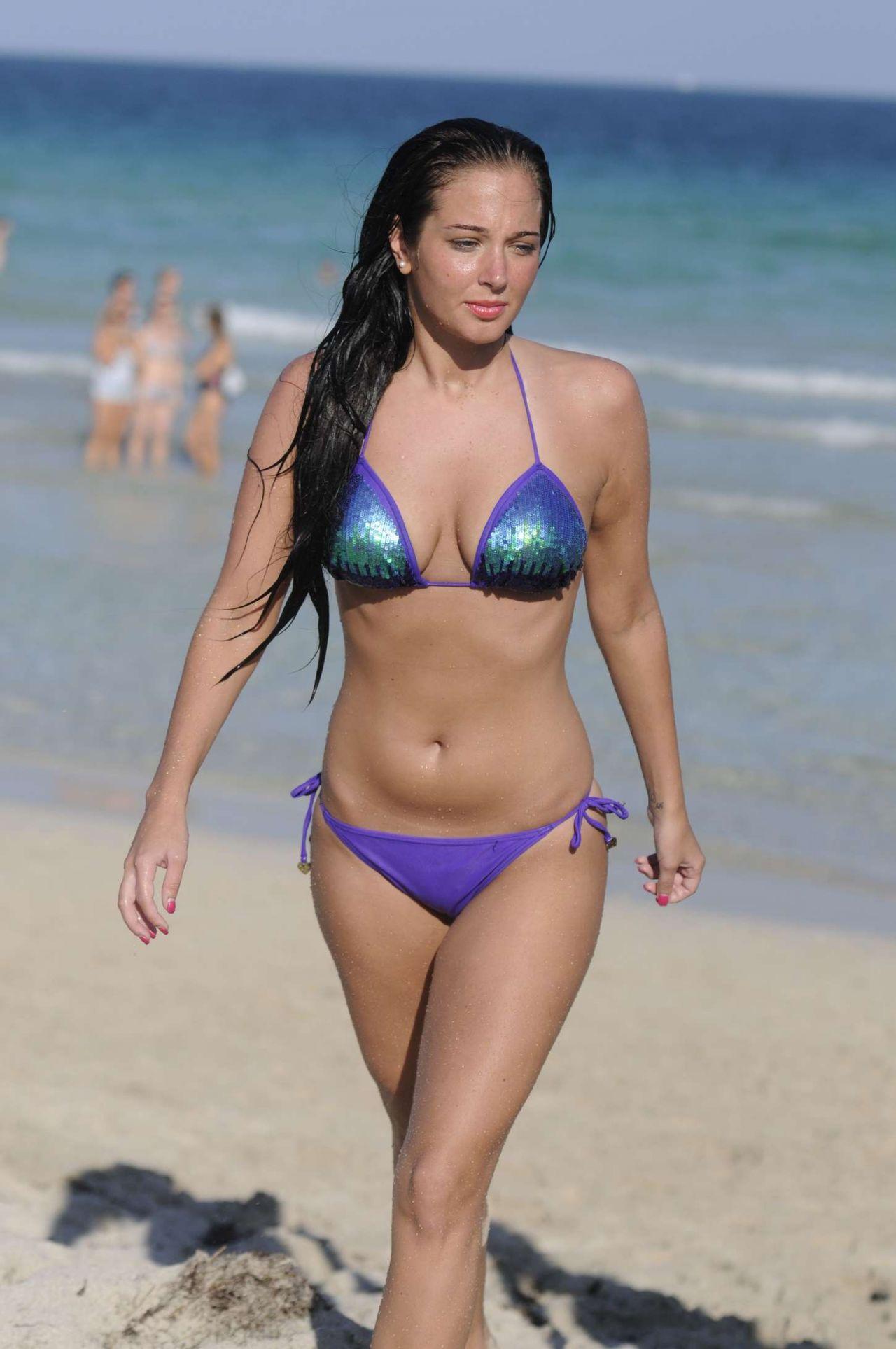 tulisa-bikini-photoshoot