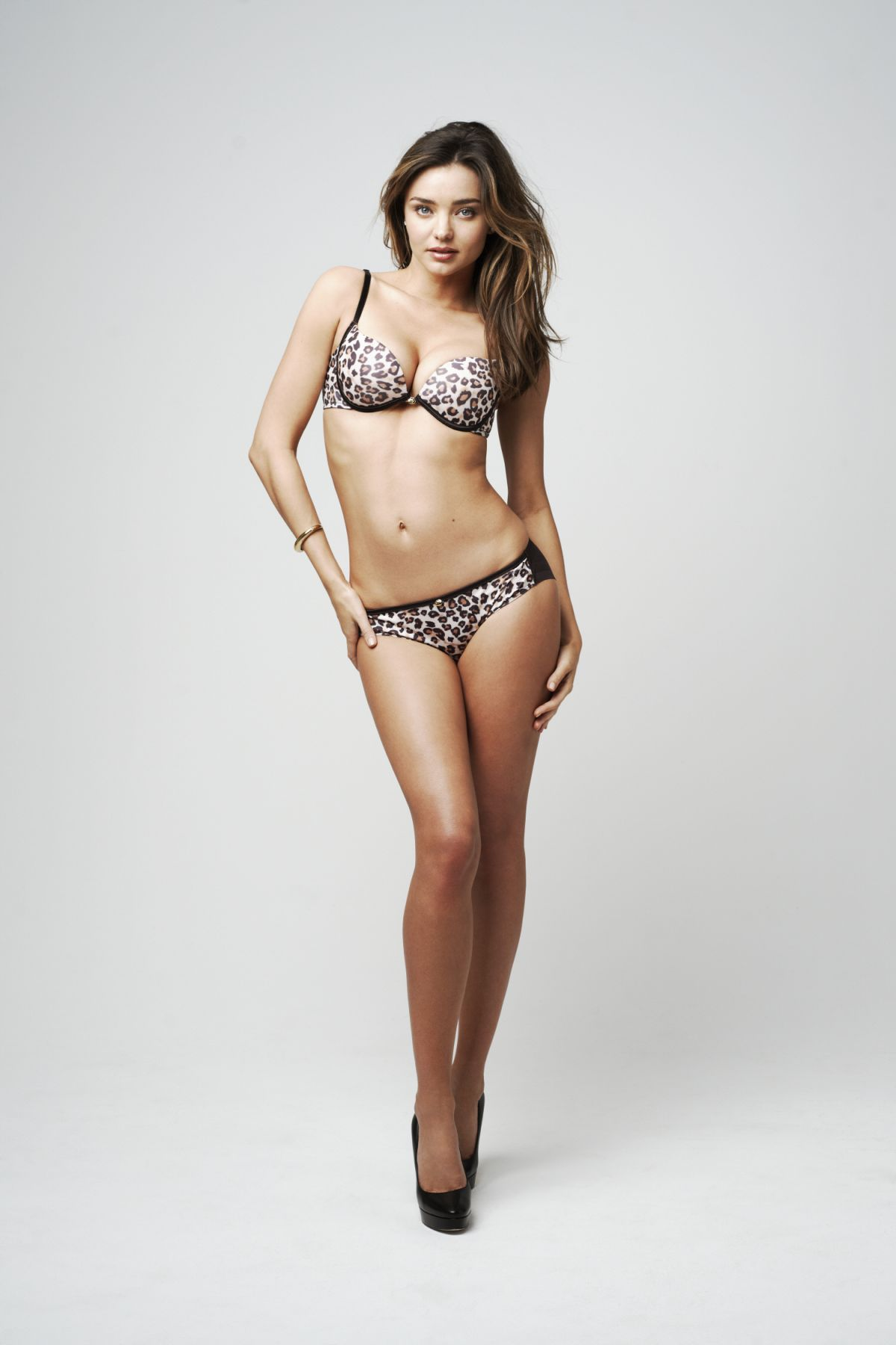 miranda-kerr-topless