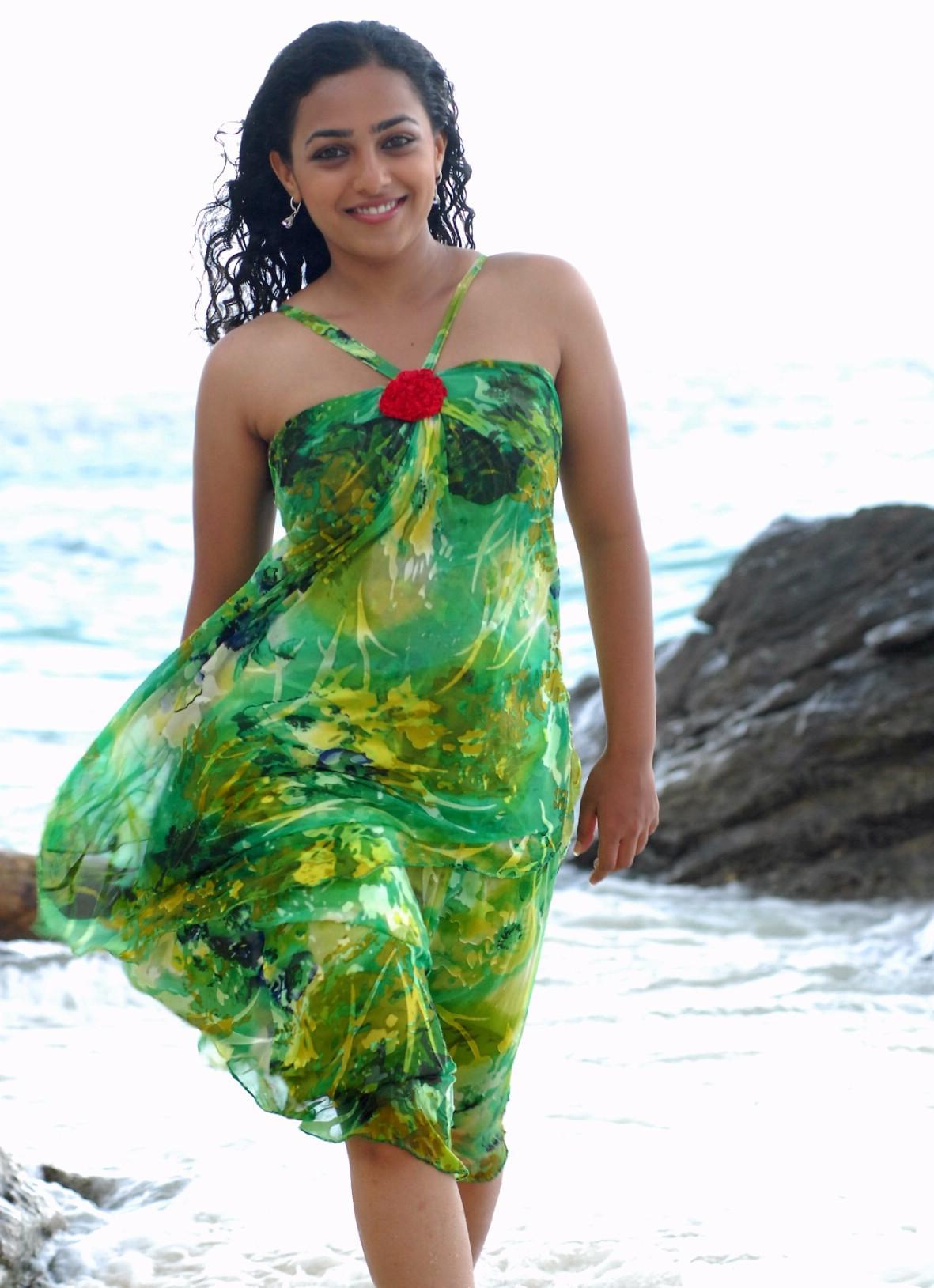 nithya-menon-sexy-images