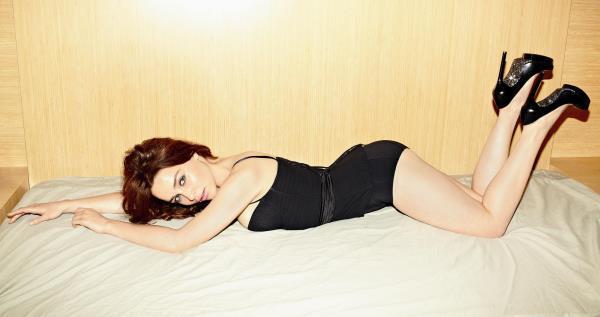 Emilia Clarke Hot Amp Sexy Latest Amp Leaked Photoshoots
