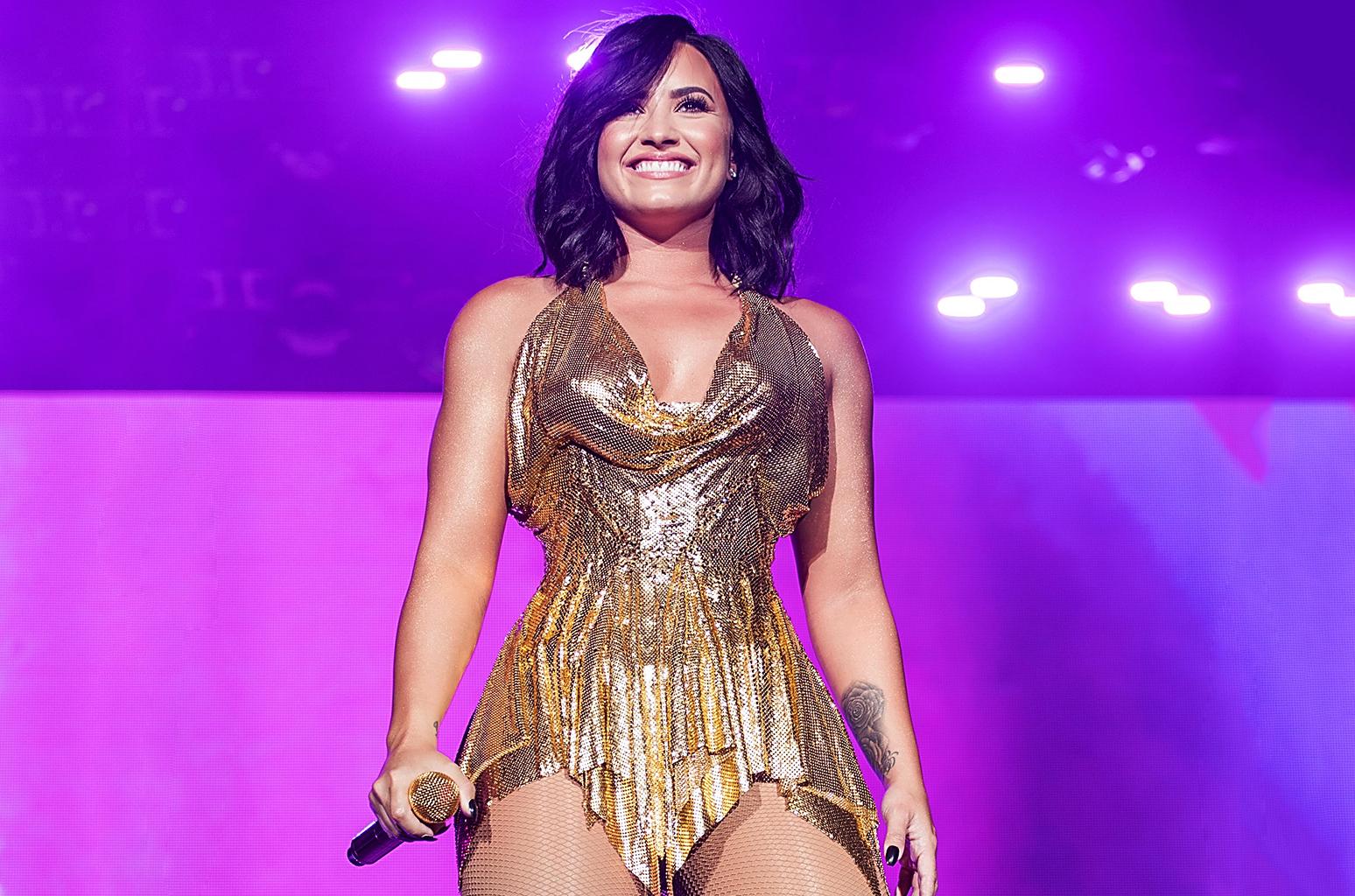 Demi Lovato Bikini - 50 Bilder - xHamstercom