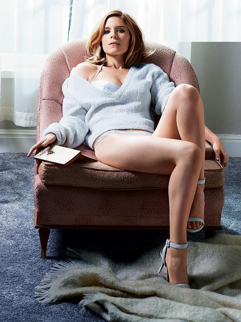 Kate Mara Hot & Sexy Bikini Photos, Images Gallery
