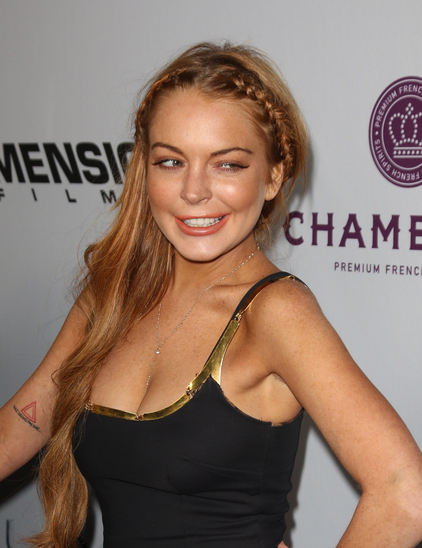 Lindsay Lohan Hot & Sexy Bikini Images, Hd Photos