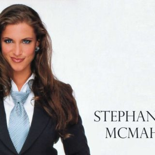 Stephanie Mcmahon hd pics