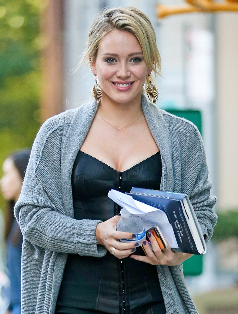 Hilary Duff Hot Bikini Photoshoots, Hd Images Gallery хилари дафф