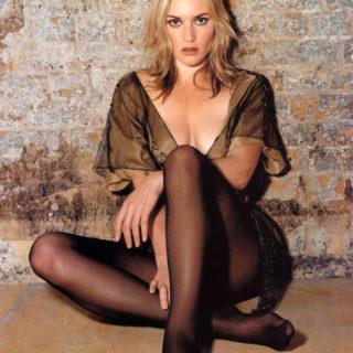 Kate Winslet bikini