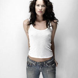 Lena Headey Hottest Bikini Images, Photos & Videos