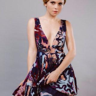 Rose McIver ass
