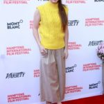 actress kaitlyn dever pics