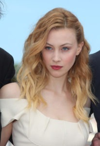 Sarah Gadon Hot & Sexy Leaked Bikini Beach Photos Gallery