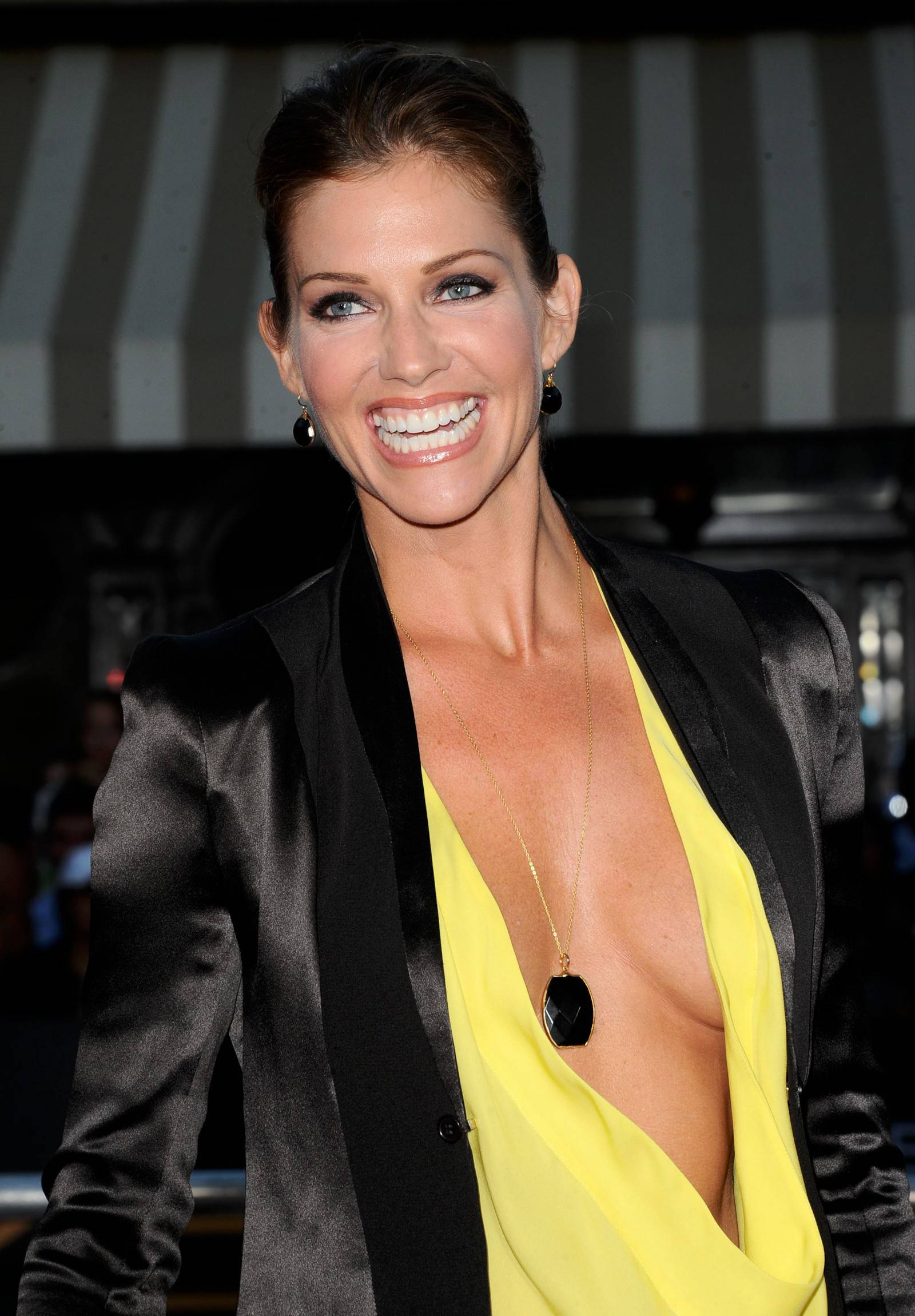 Tricia Helfer Hot & Sexy Near-Nude Look Like Naked Young ...